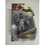 "BATMAN V SUPERMAN ACTION FIGURE 6"" - 15 cm GRAPNEL BATMAN Mattel DJG 30"