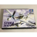 plastic model kit scale 1 : 72 ITALERI N° 070 STUKA JU-87 D-5 new in open box
