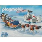 PLAYMOBIL ACTION 9057 HUSKY DRAWN SLED
