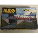 plastic model kit scale H0 MKD 545 ELECTRIC POLES new in open and damaged box COLLECTION ALAIN PRAS