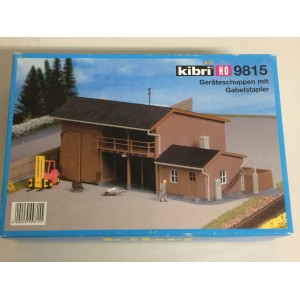 plastic model kit scale H0 KIBRI 9815 TOOL SHED AND FORK LIFT new in open and damaged box